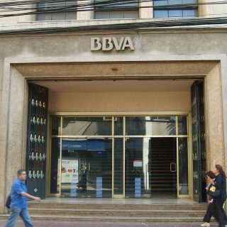 BBVA and Amazon Web Services Sign Cloud Infrastructure Deal